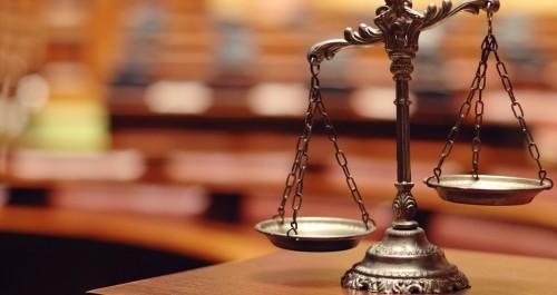 弁護士なしで裁判する「本人訴訟...