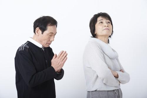 つむぎ / PIXTA(ピクスタ)不倫夫婦