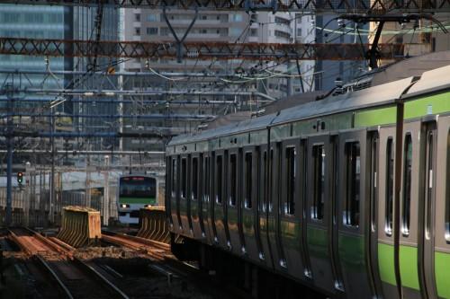 カ電車駅山手線プリコーン / PIXTA(ピクスタ)