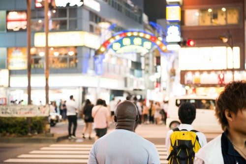 yokotaro / PIXTA(ピクスタ)歌舞伎町街勧誘キャッチ