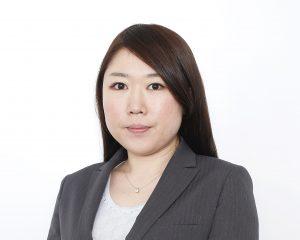 鳴海弁護士(写真)