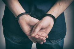 もし警察官が逮捕されたら罪の重さはどうなる?一般人より重くなるの?
